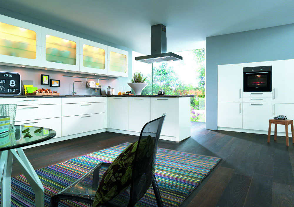 cuisine en laque photo de cuisines en laque 9 photo de cuisine moderne design contemporaine luxe. Black Bedroom Furniture Sets. Home Design Ideas
